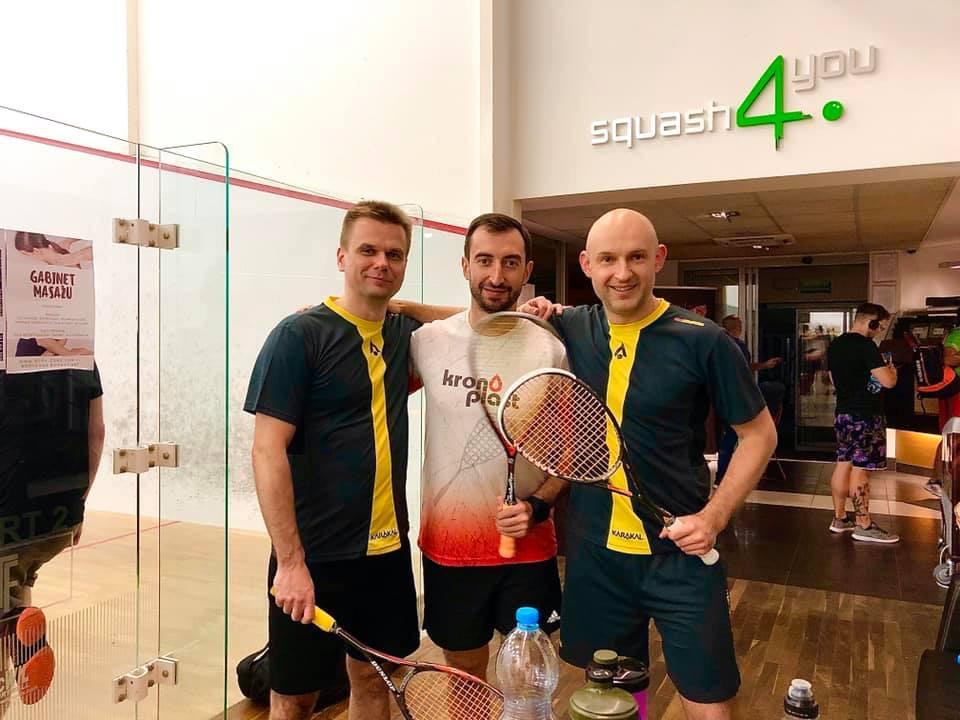 Трио украинских